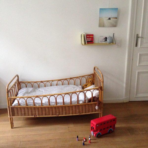 lit b b rotin et osier la maison bruxelloise. Black Bedroom Furniture Sets. Home Design Ideas