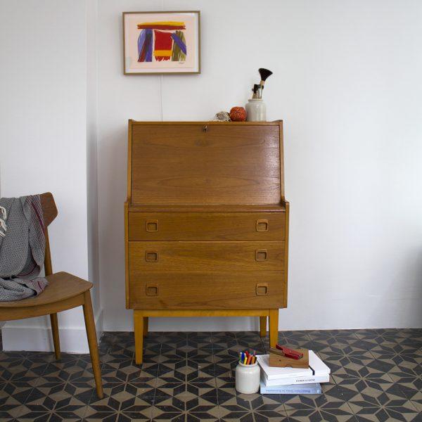 secr taire en teck blond la maison bruxelloise. Black Bedroom Furniture Sets. Home Design Ideas