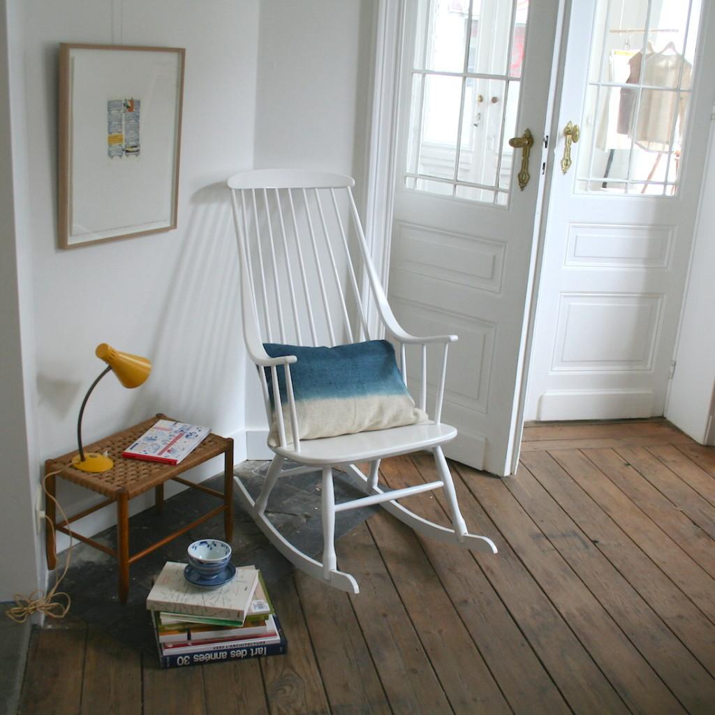 la maison bruxelloise mobilier vintage et petites ditions. Black Bedroom Furniture Sets. Home Design Ideas
