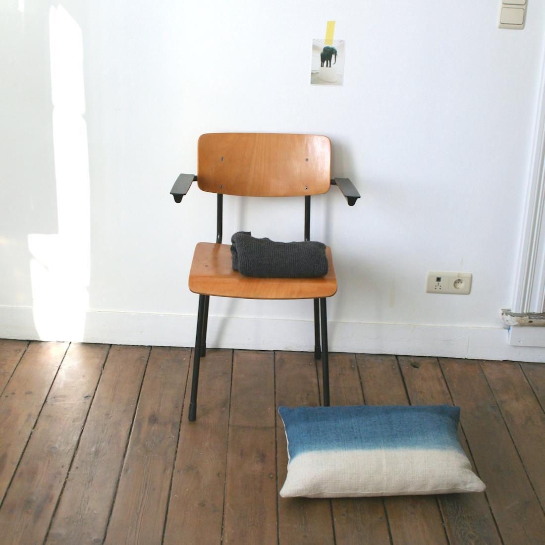 chaise de bureau la maison bruxelloise. Black Bedroom Furniture Sets. Home Design Ideas