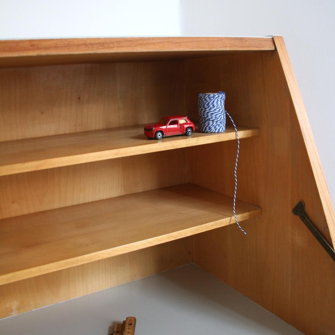 secr taire en bois blond la maison bruxelloise. Black Bedroom Furniture Sets. Home Design Ideas