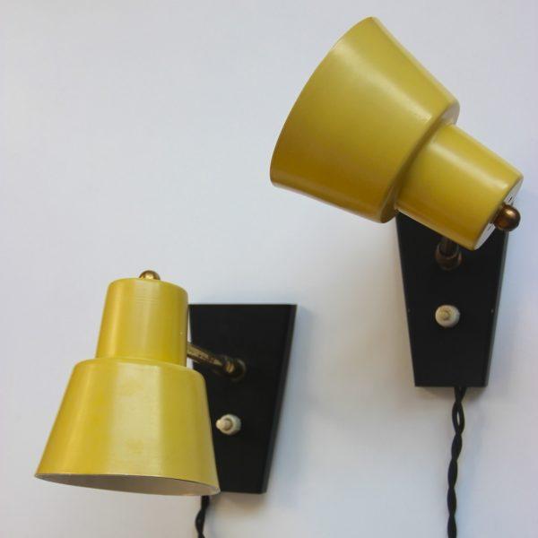 paire de spots orientables jaunes citron la maison. Black Bedroom Furniture Sets. Home Design Ideas