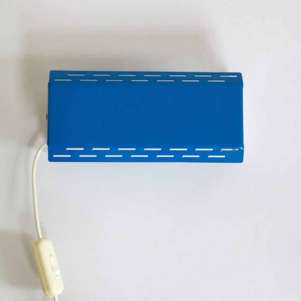 Applique bleu vif