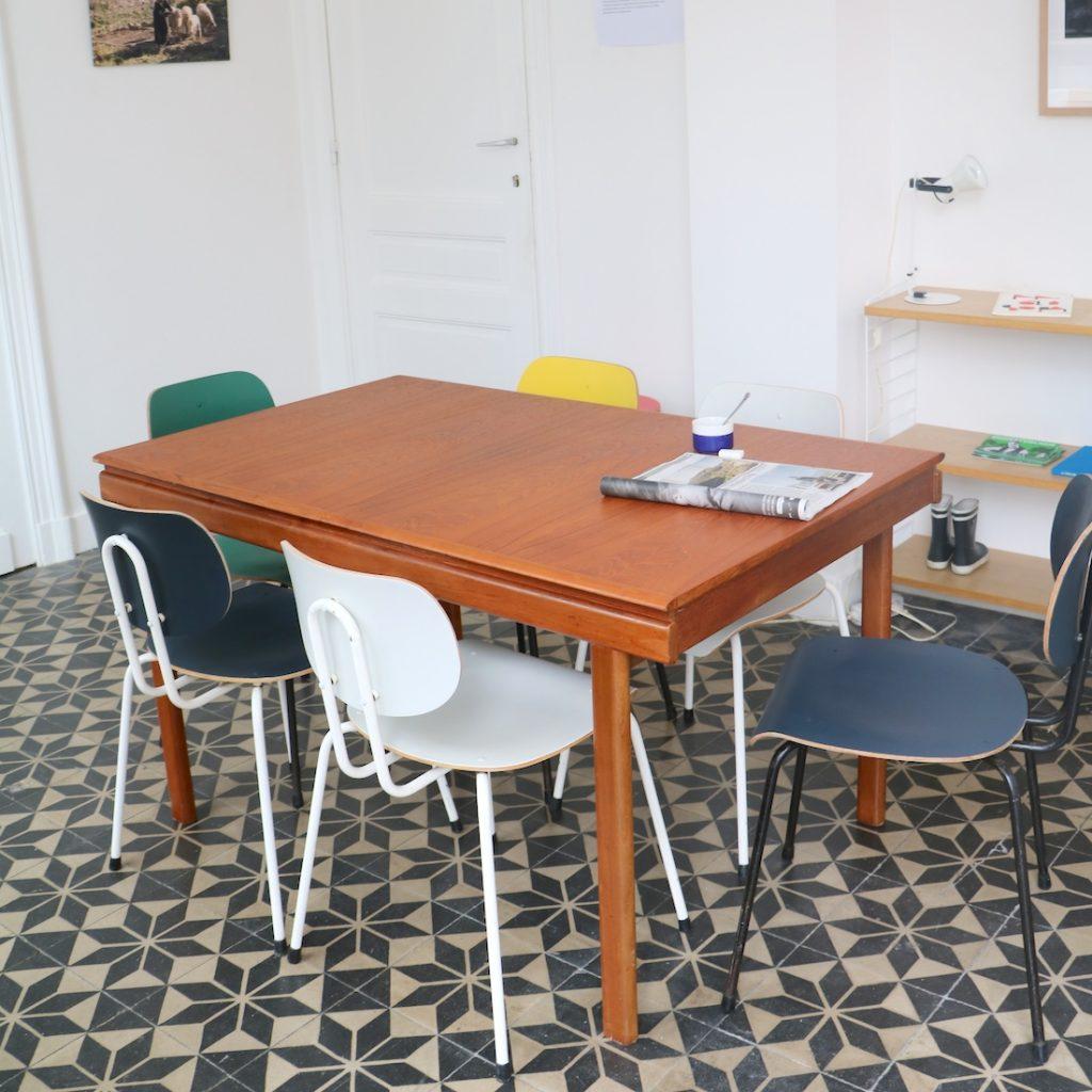 Table à rallonge bicolore