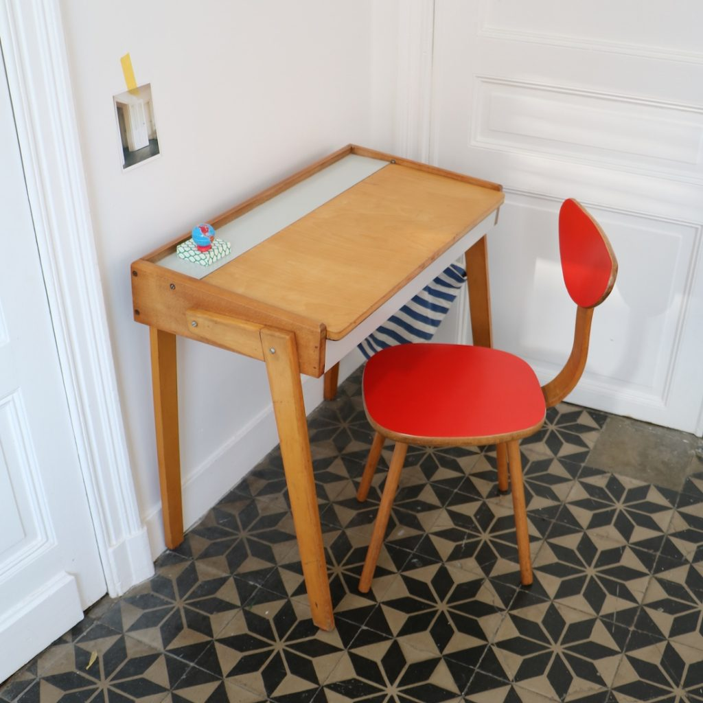 Bureau & chaise pieds compas