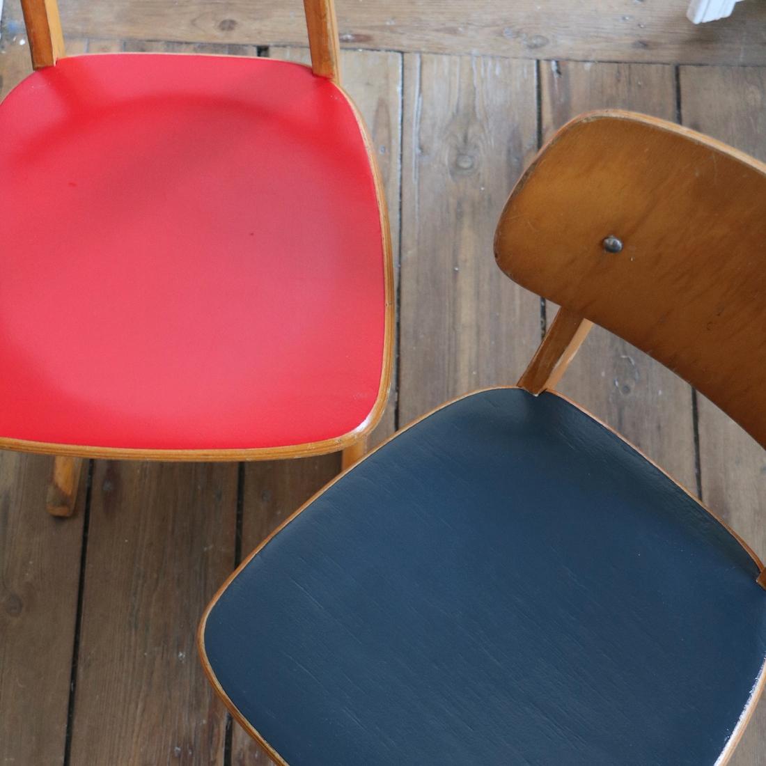 Chaise rouge et bleue conceptions de maison for La chaise rouge et bleue