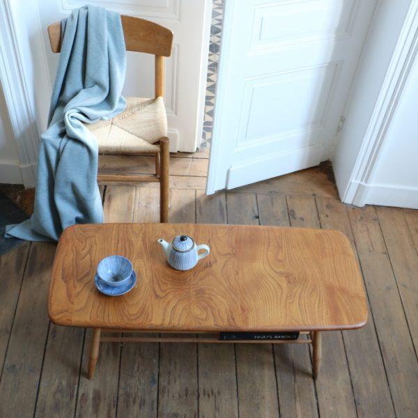 Table basse ercol en orme massif la maison bruxelloise for Table basse orme massif