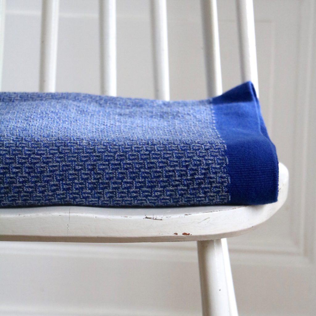 Plaid petits motifs bleu
