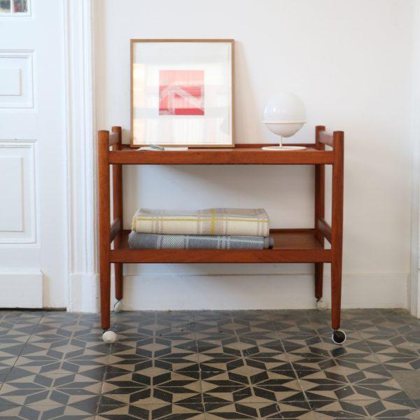 desserte danoise en teck la maison bruxelloise. Black Bedroom Furniture Sets. Home Design Ideas