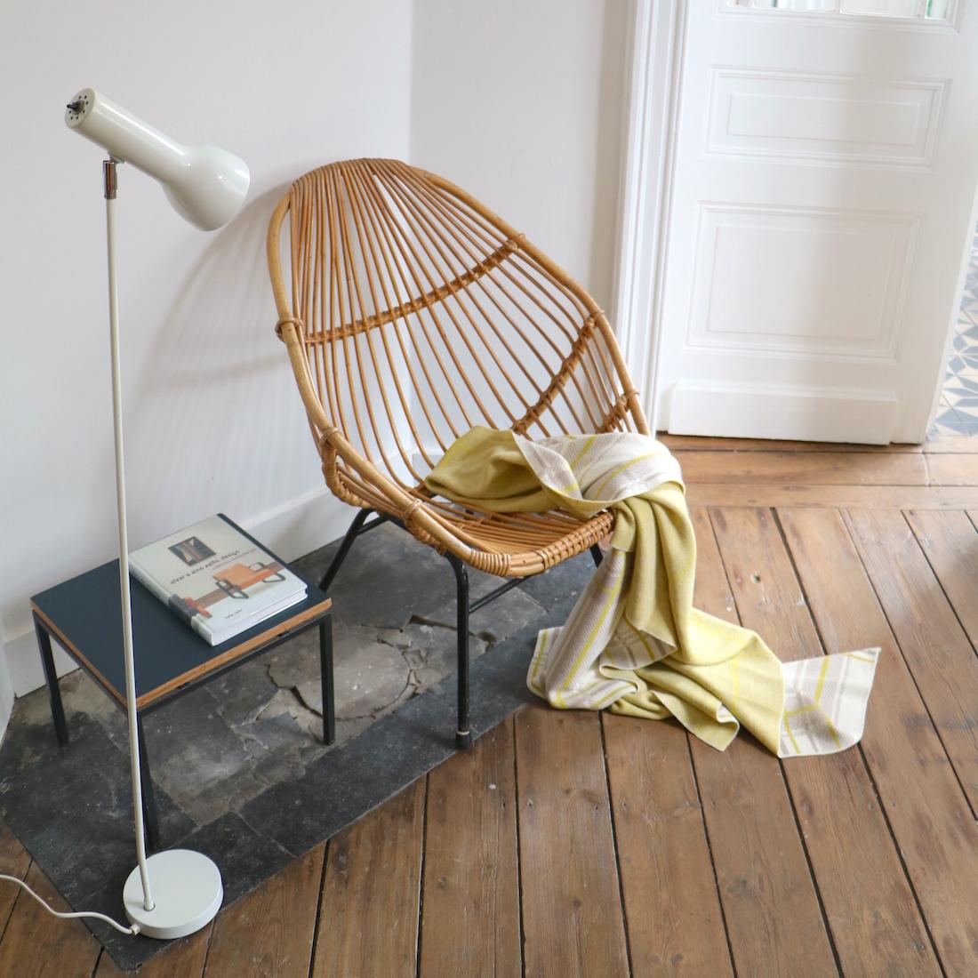 fauteuil en rotin hexagonal la maison bruxelloise. Black Bedroom Furniture Sets. Home Design Ideas