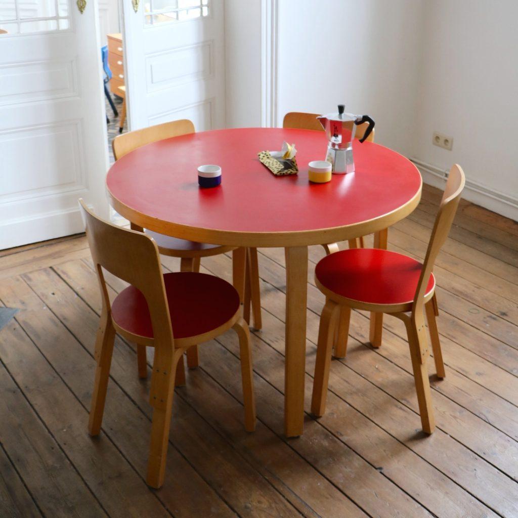 Ensemble table et chaises Alvar Aalto