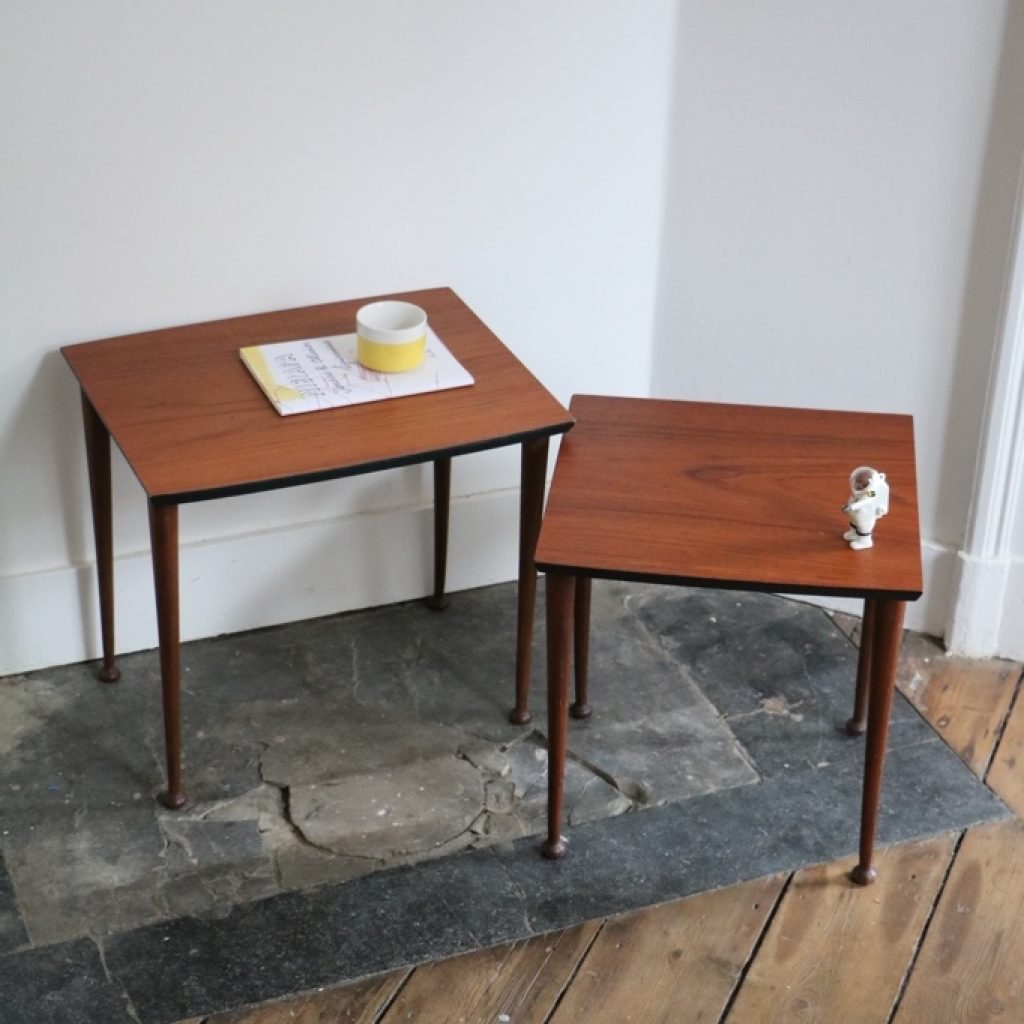 Duo de tables gigognes