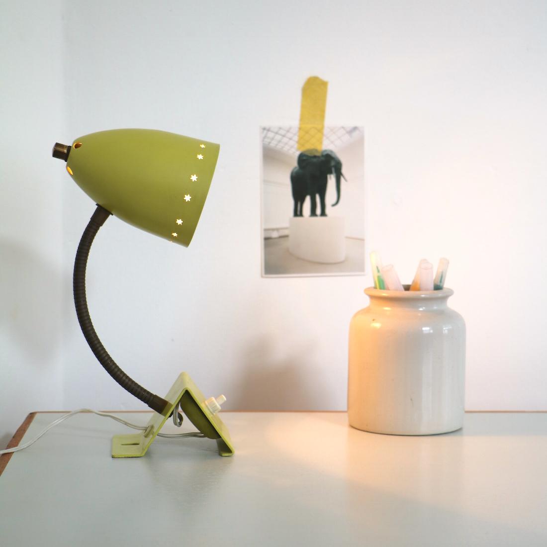 lampe ajour e toiles la maison bruxelloise. Black Bedroom Furniture Sets. Home Design Ideas