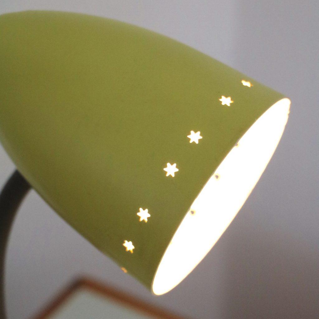 Lampe ajourée étoiles
