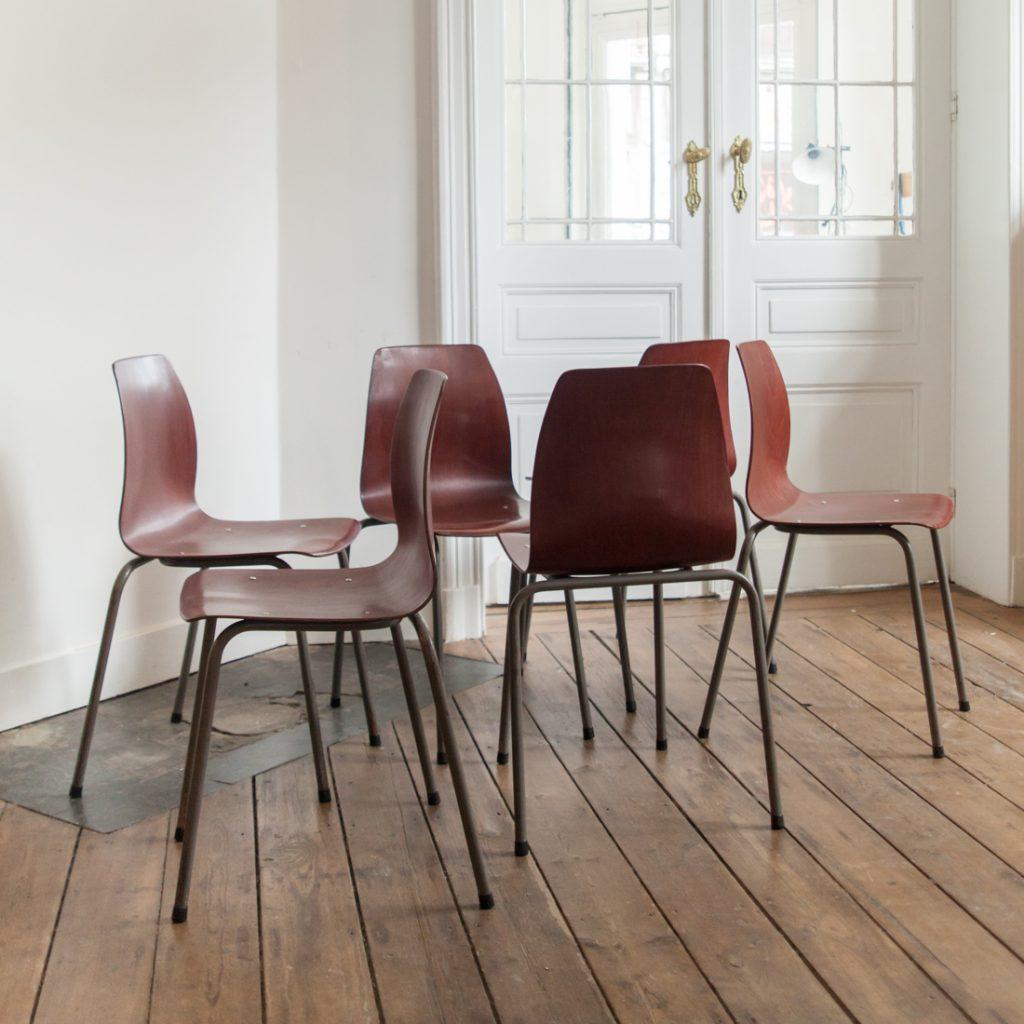 Série de 6 chaises Pagholz