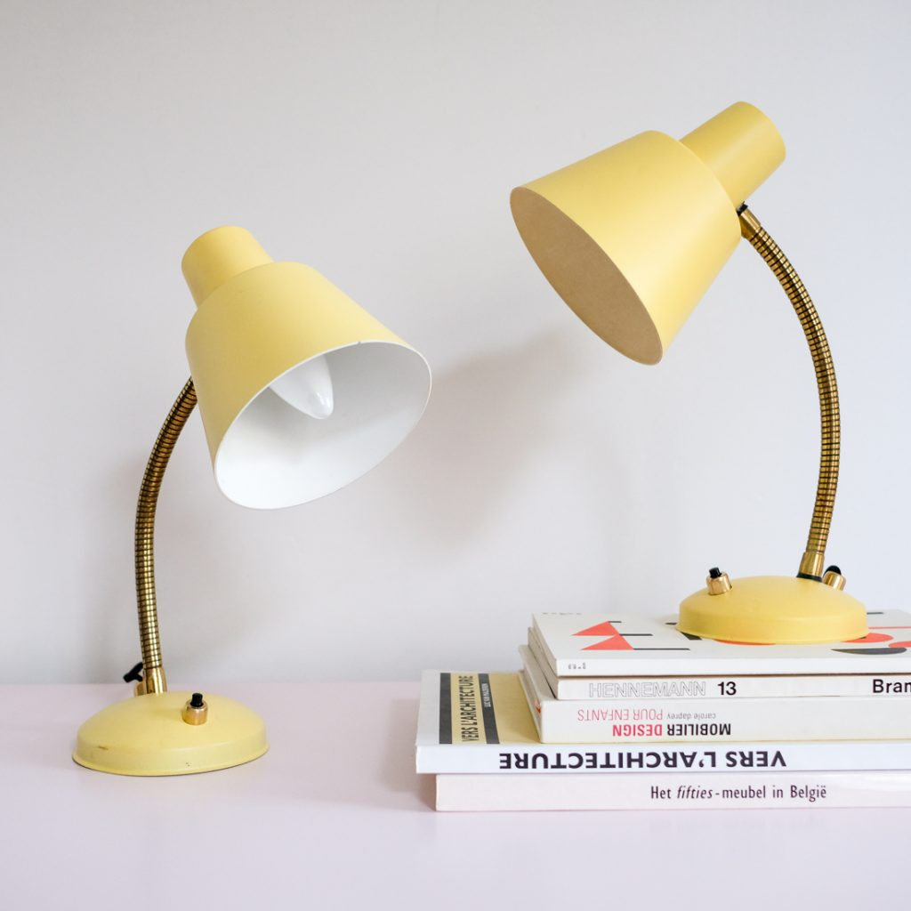 Paire de lampes de chevet jaunes