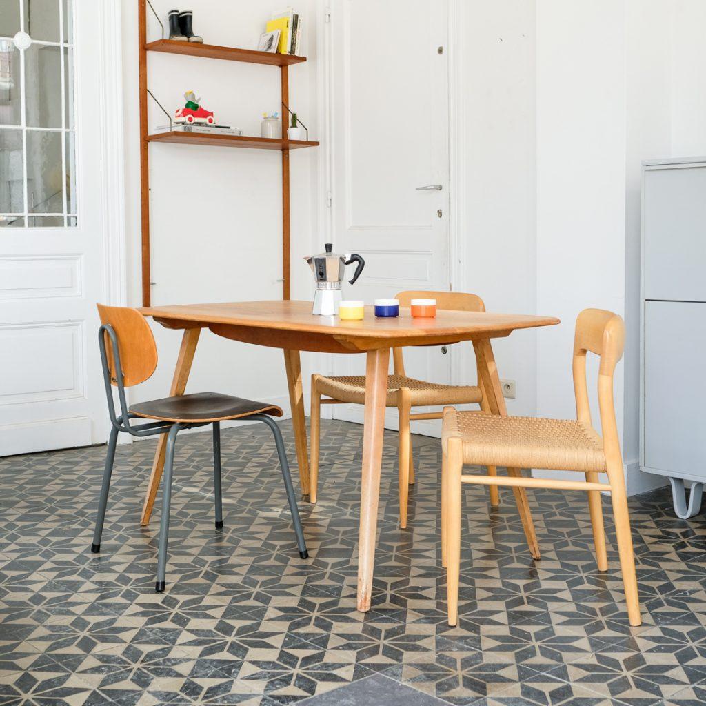 Table Ercol en orme massif