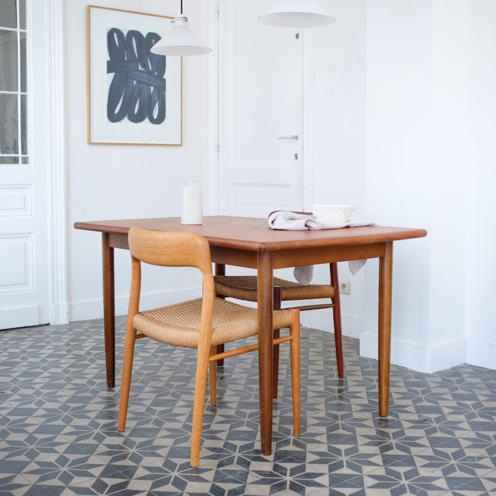 Table à rallonge scandinave