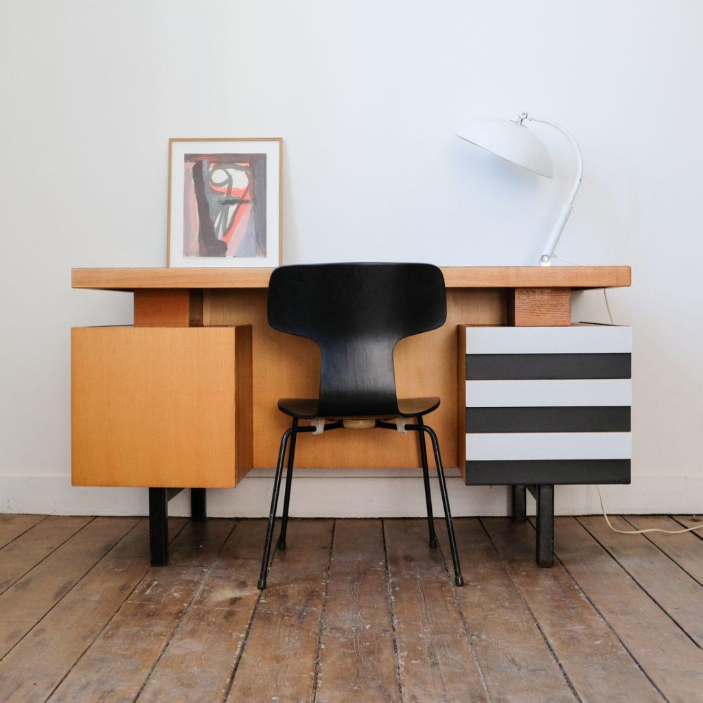 Bureau moderniste '50