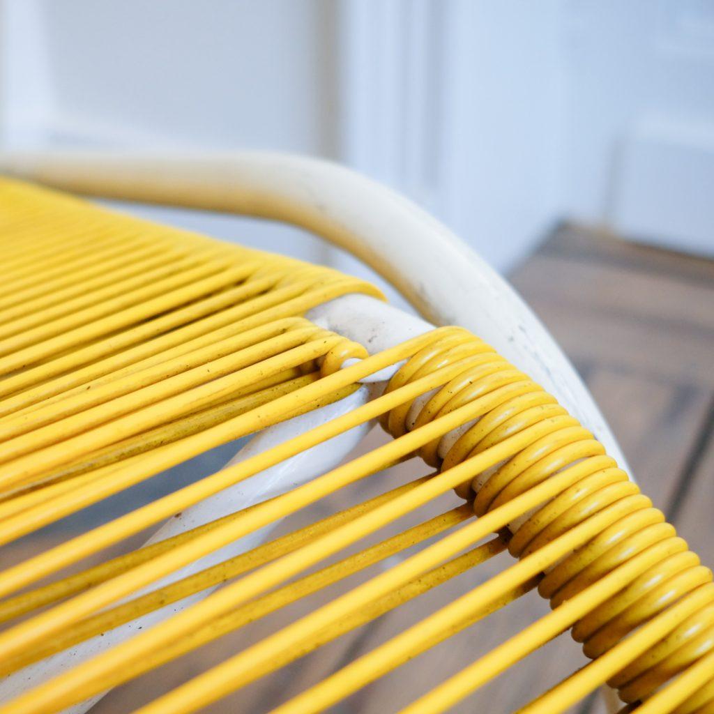 Chaise longue jaune