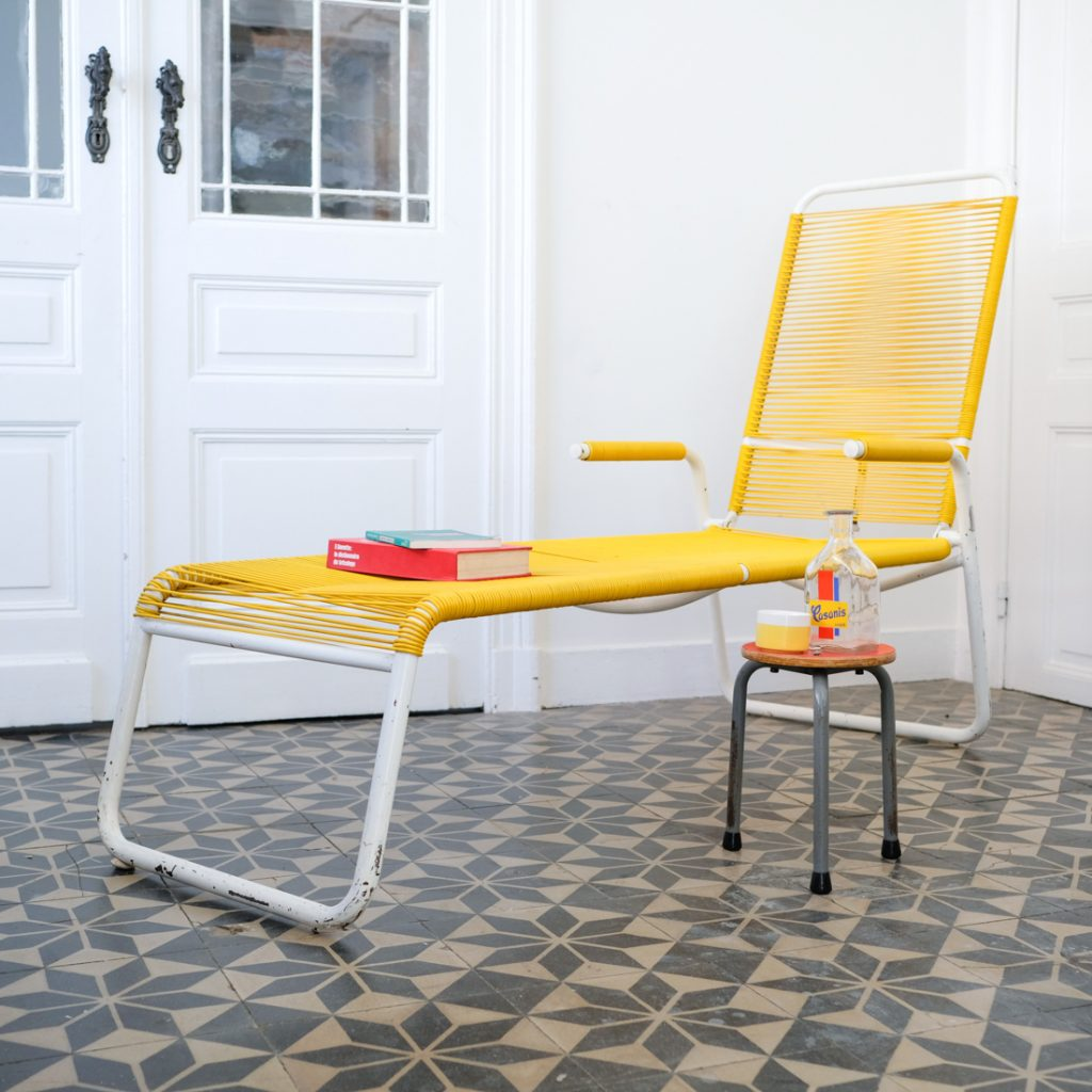Chaise longue réglable