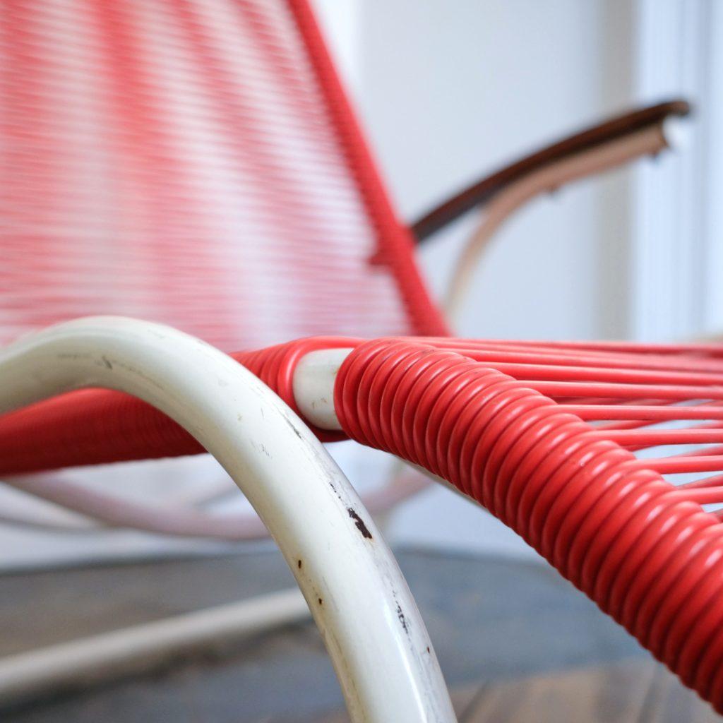 Chaise longue rouge