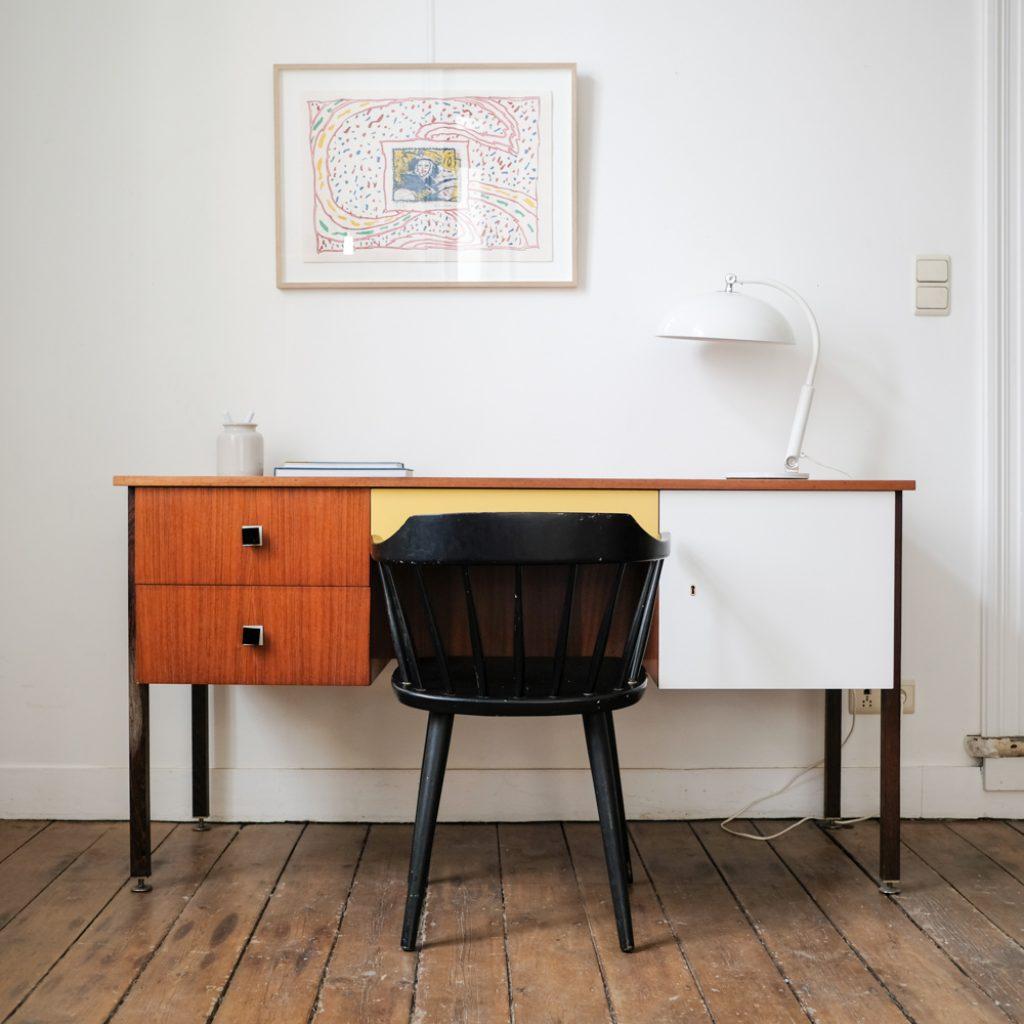 Bureau en teck jaune et blanc