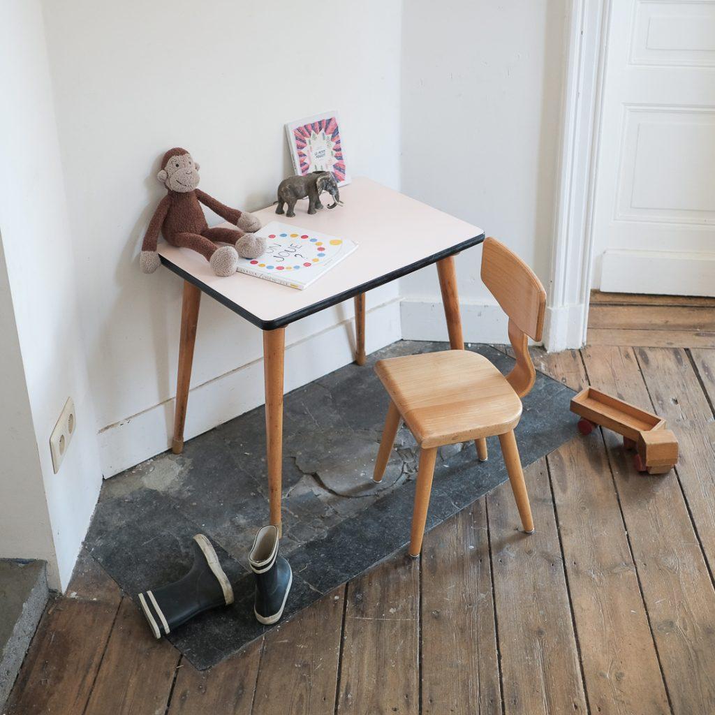 Ensemble table et chaise maternelle