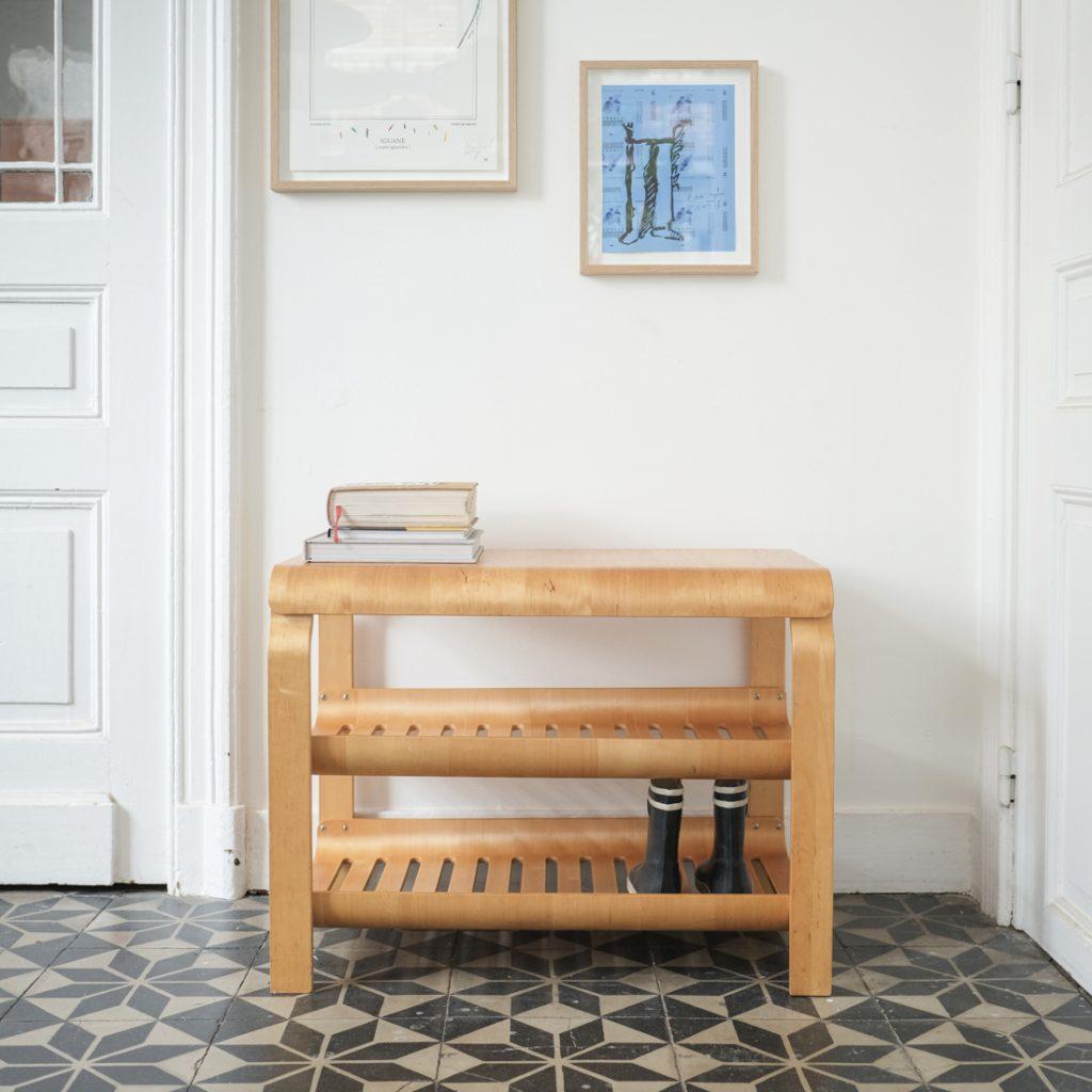 Meuble d'appoint en plywood
