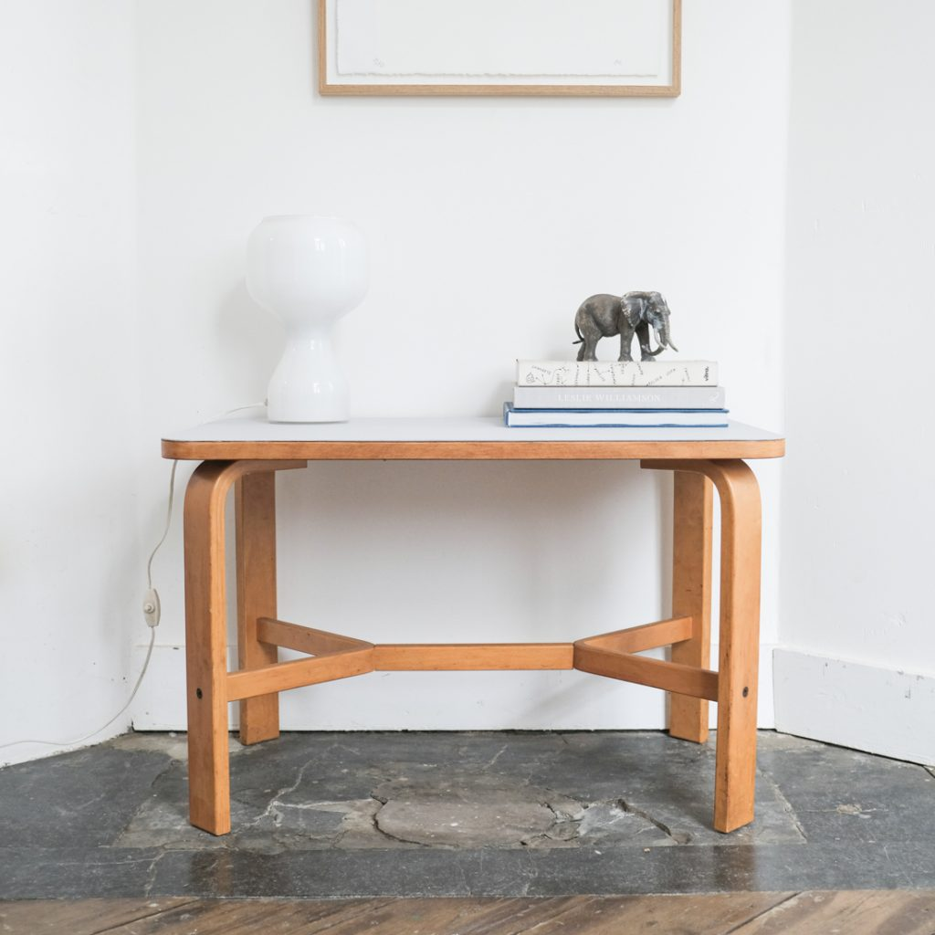 Table basse en plywood