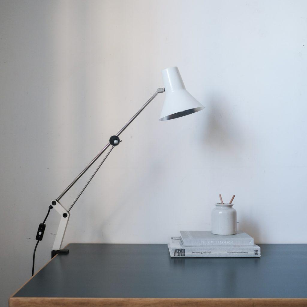 Lampe de bureau à fixer