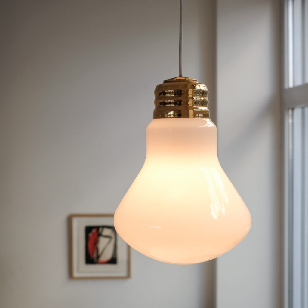 Suspension ampoule en opaline
