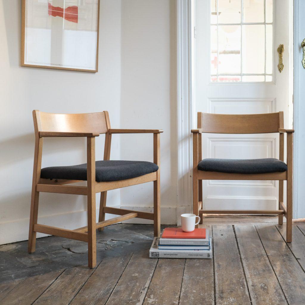 Paire de fauteuils Borge Mogensen