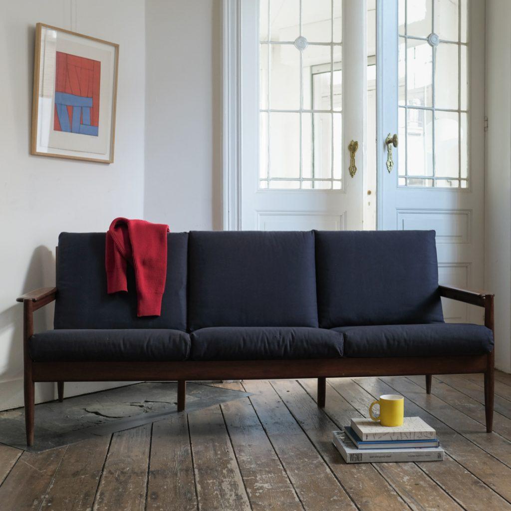 Grand canapé scandinave
