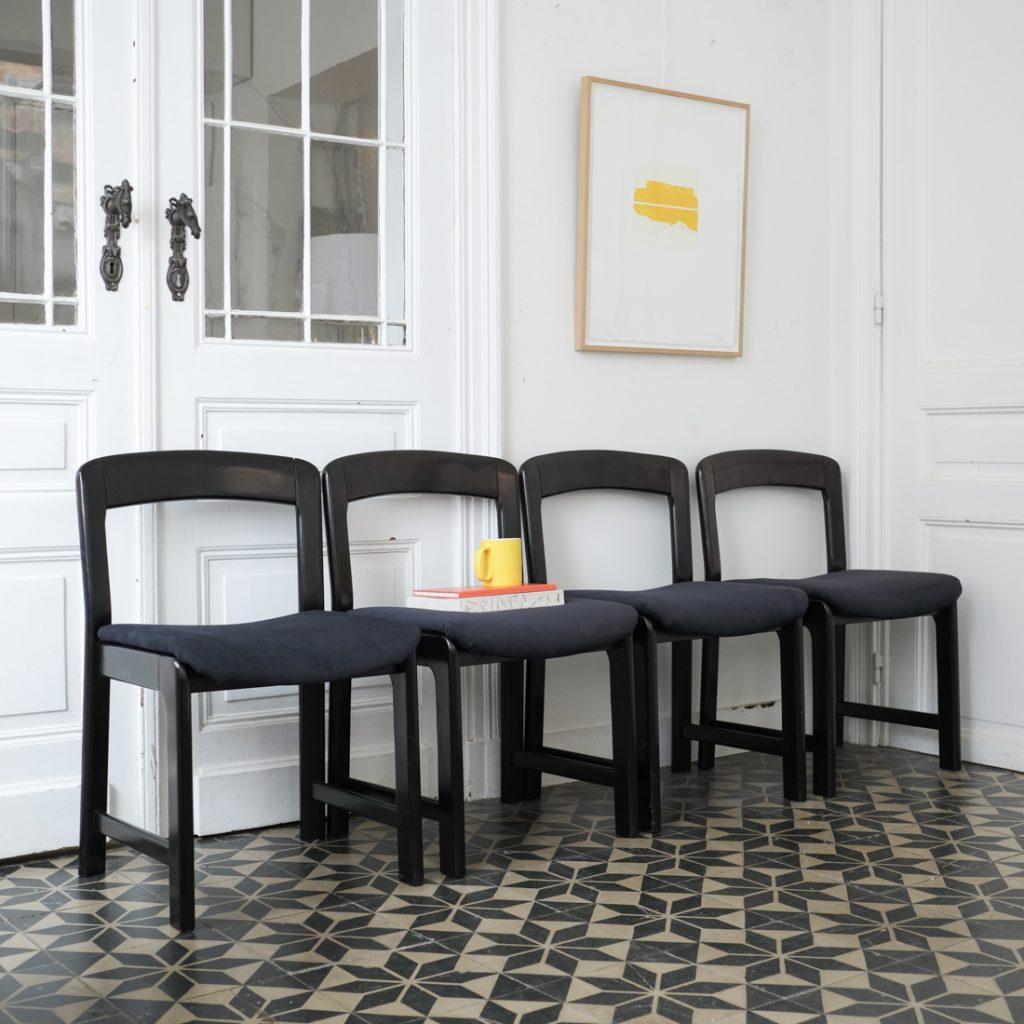 Série de 4 chaises noires