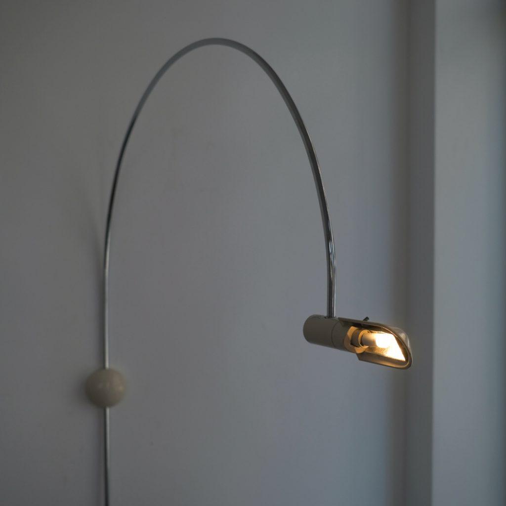Lampe murale orientable