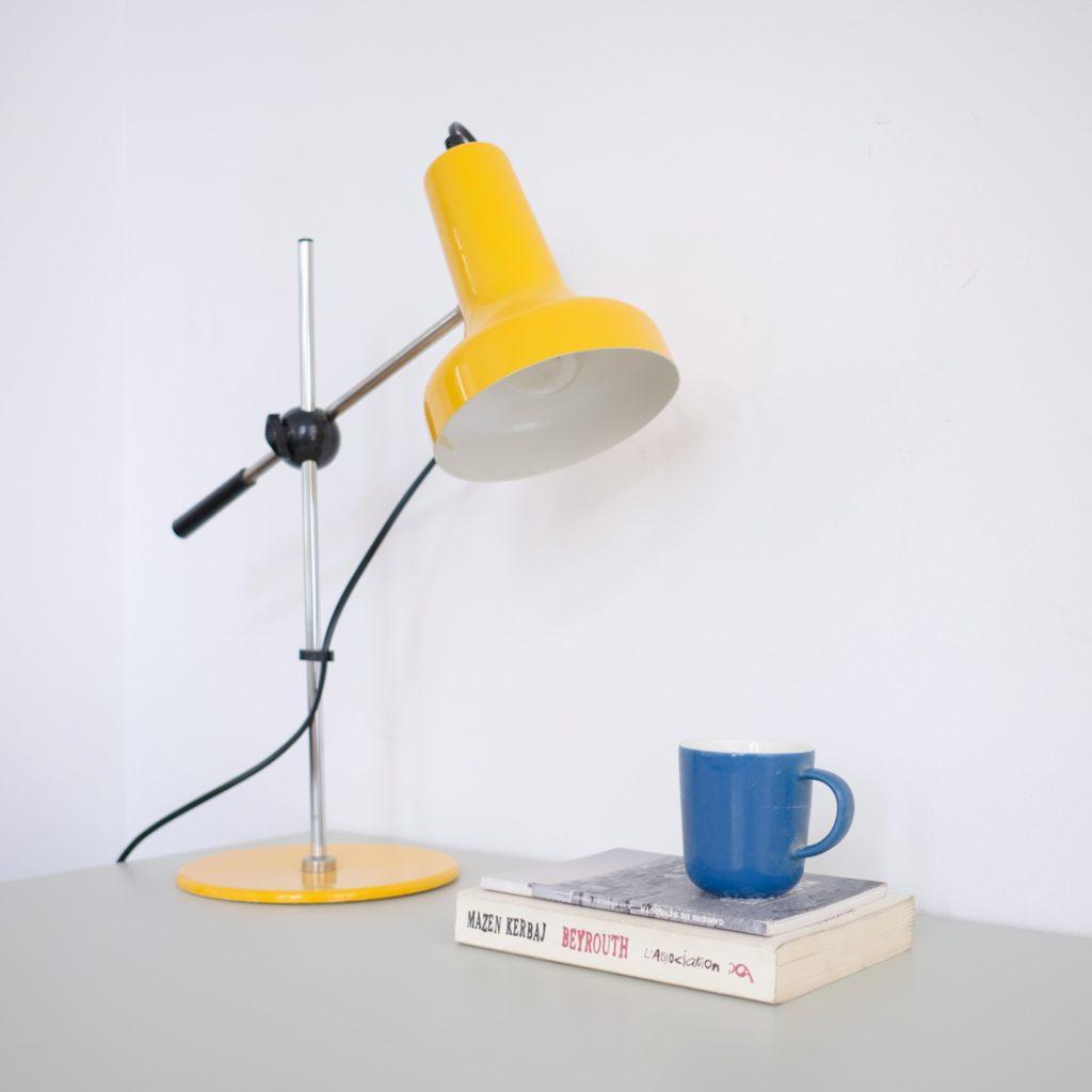Lampe à poser jaune