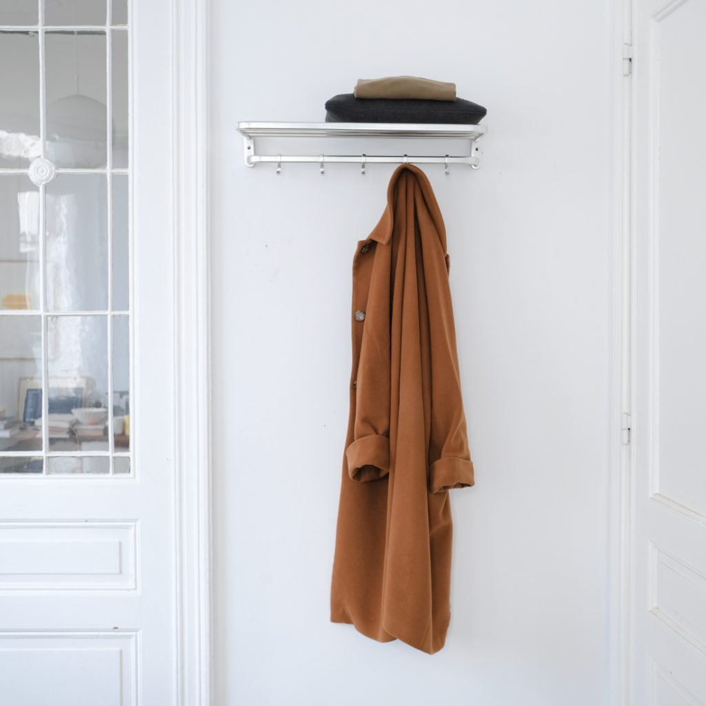 Porte-manteau métalique